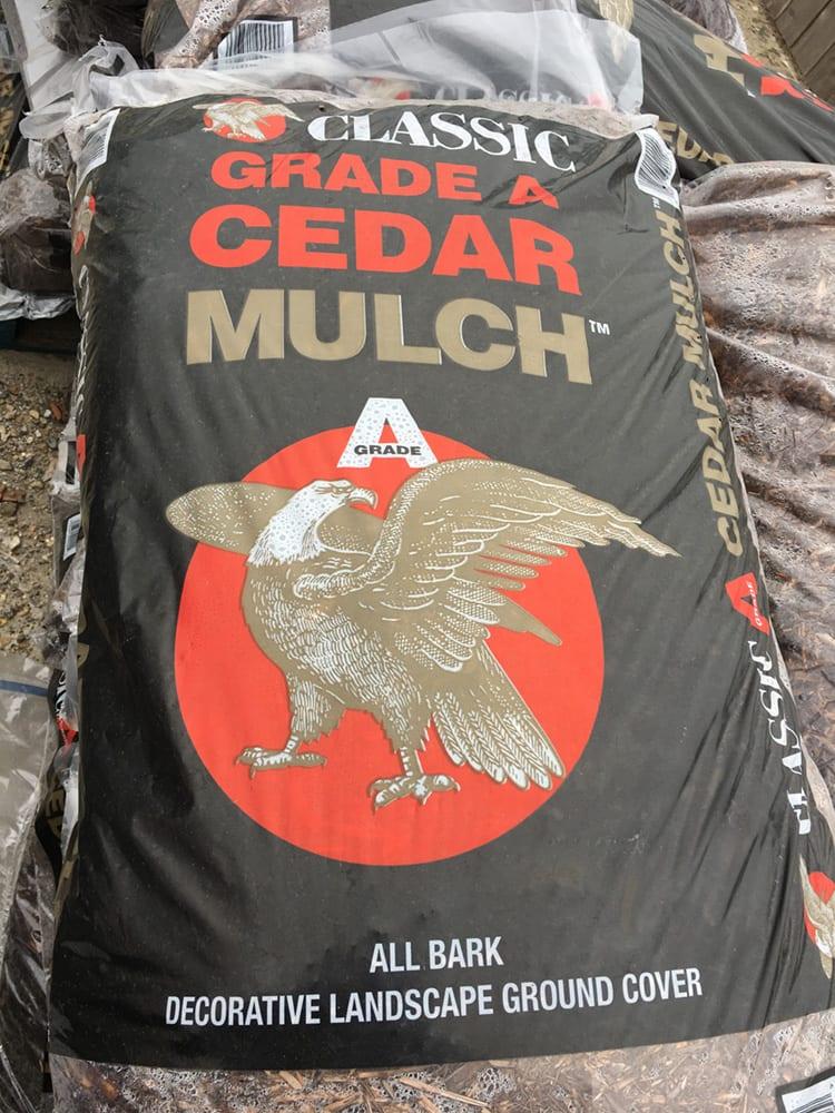 Cedar Bagged Mulch Lafayette, Louisiana